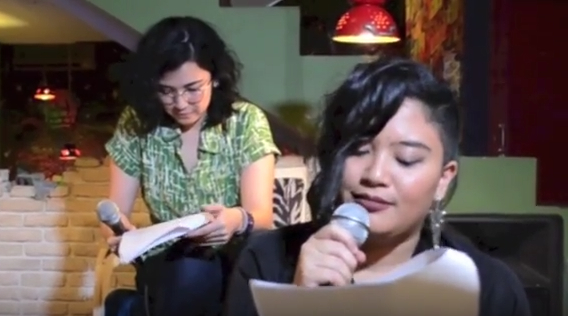 Dinda and Tika reading 4