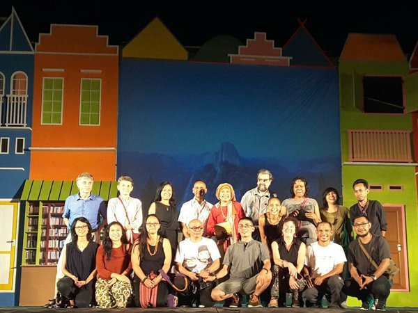 miwf writers on stage